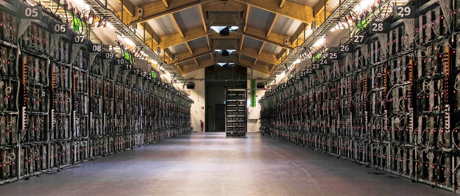 bitcoin-heist-1219-embed01